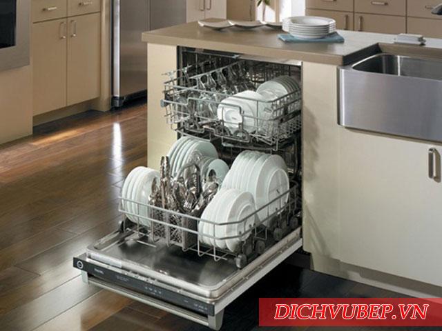 Sử dụng máy rửa bát có tốn điện và tốn nước không?