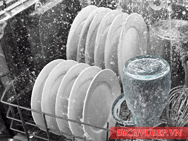 Hướng dẫn lắp đặt và các chỉ số an toàn khi sử dụng máy rửa bát bosch